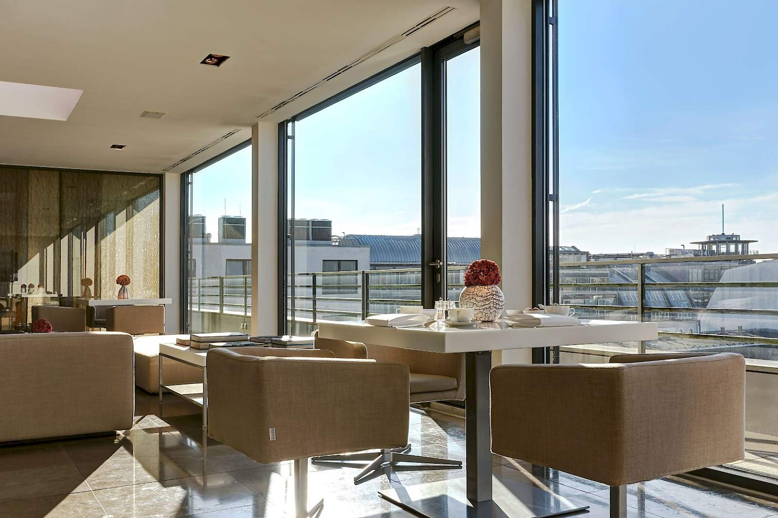 Our breakfast room is a place for passionate breakfast gourmets above the rooftops of Berlin